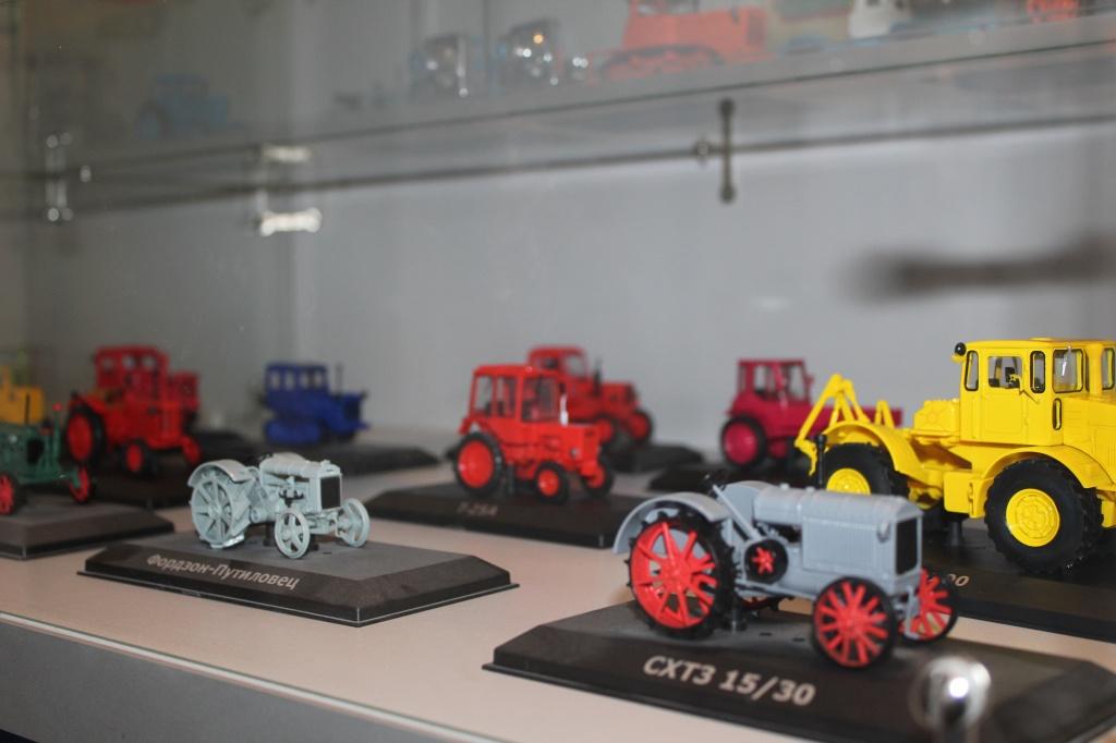коллекция моделей.JPG